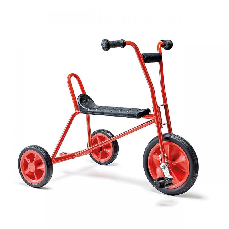 Red tricycle Maxi