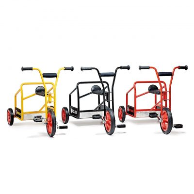 Recue tricycles for social games